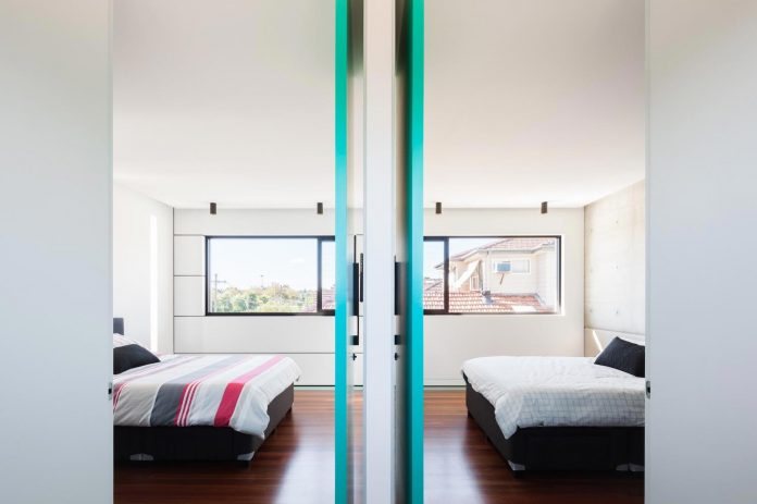 concrete-contemporary-four-bedroom-house-located-concord-sydney-08