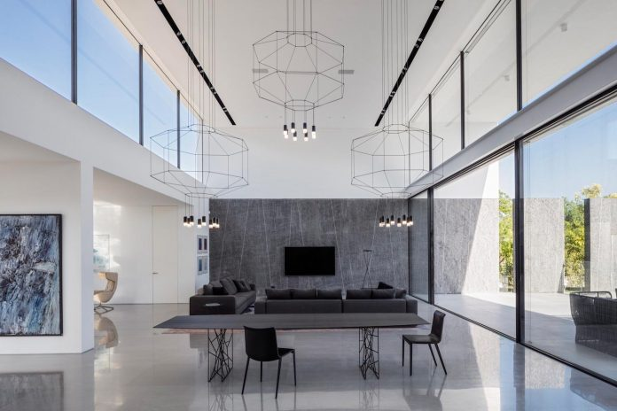 contemporary-open-light-filled-simple-minimalist-space-f-house-26