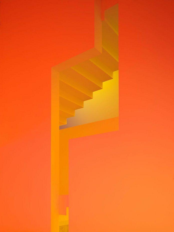 contemporary-white-la-palma-residence-uses-sunlight-generate-sensations-08
