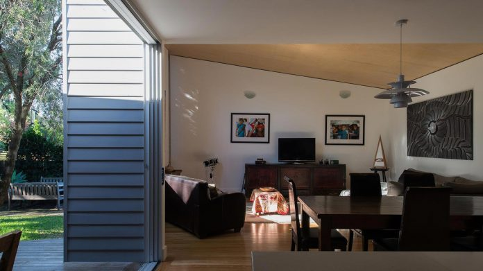 conversion-extension-old-small-cottage-heritage-suburb-hamilton-05
