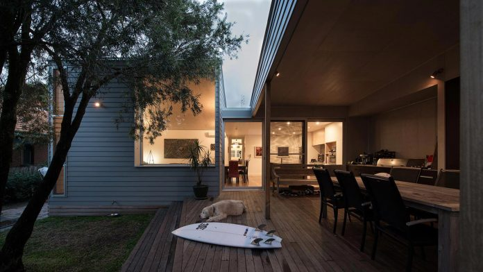 conversion-extension-old-small-cottage-heritage-suburb-hamilton-18