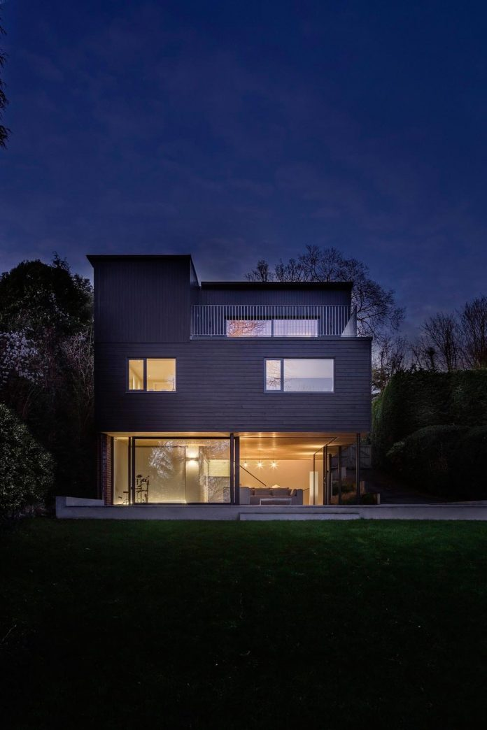 detached-60s-residence-gets-modern-renovation-look-like-21st-century-family-home-07