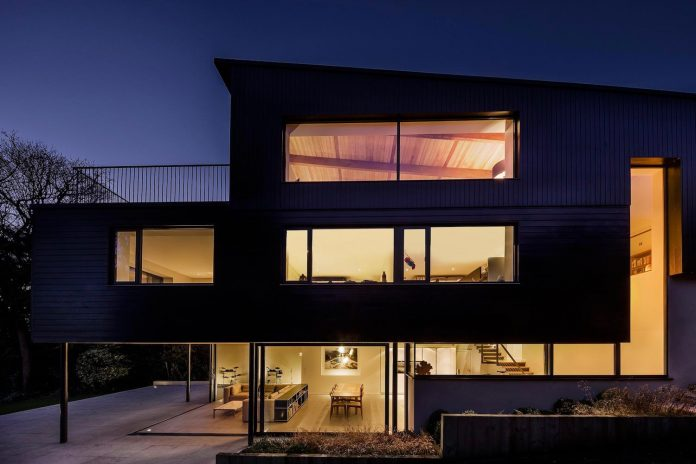 detached-60s-residence-gets-modern-renovation-look-like-21st-century-family-home-08