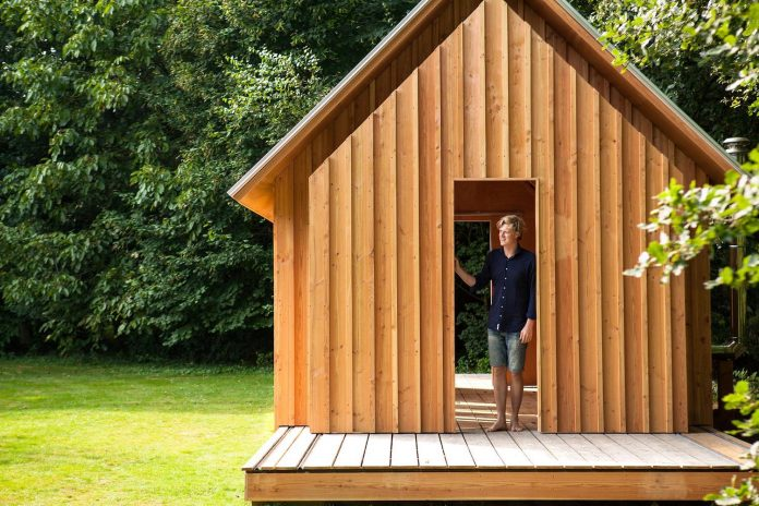 diy-adjustable-wooden-home-can-easily-adjusted-weather-type-mood-occasion-13