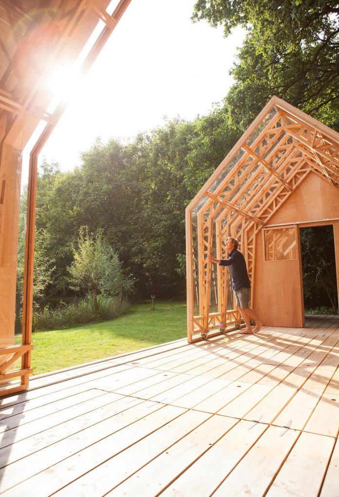 diy-adjustable-wooden-home-can-easily-adjusted-weather-type-mood-occasion-17