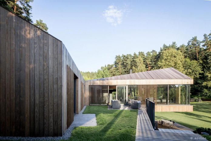 fairytale-contemporary-house-situated-middle-calm-harmony-nature-02