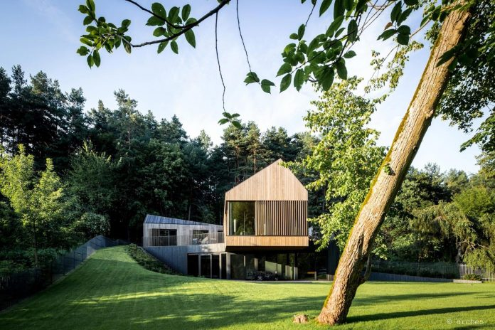 fairytale-contemporary-house-situated-middle-calm-harmony-nature-04