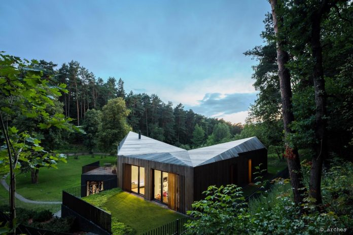 fairytale-contemporary-house-situated-middle-calm-harmony-nature-10