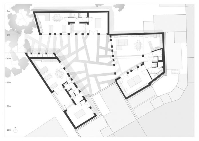 forest-mews-3-houses-arranged-around-multi-functional-shared-outdoor-courtyard-urban-brownfield-site-29