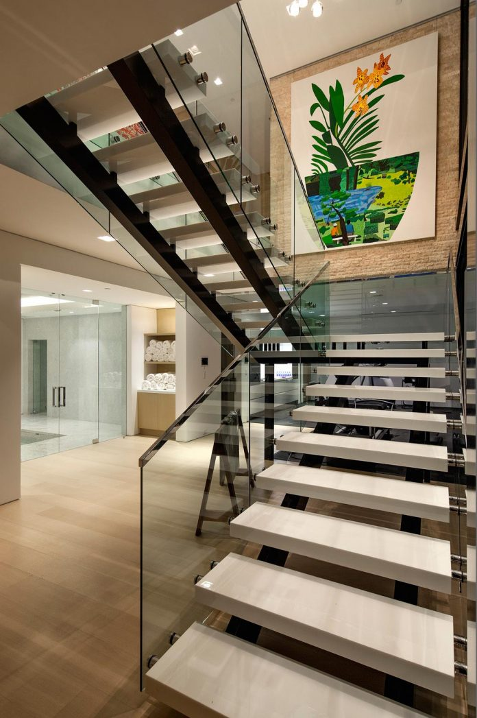 hillcrest-residence-beverly-hills-true-water-garden-located-middle-house-12
