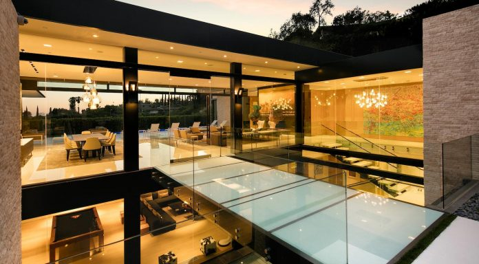 hillcrest-residence-beverly-hills-true-water-garden-located-middle-house-19