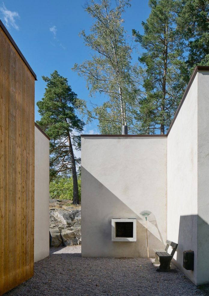 home-set-high-precipice-overlooks-inner-stockholm-archipelago-south-06