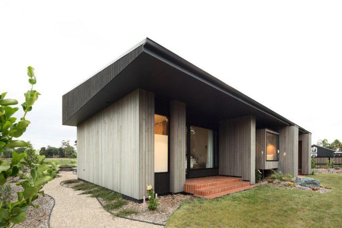 house-eaves-set-land-pastoral-land-02