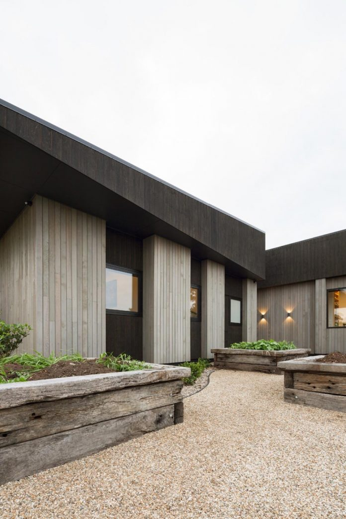 house-eaves-set-land-pastoral-land-03