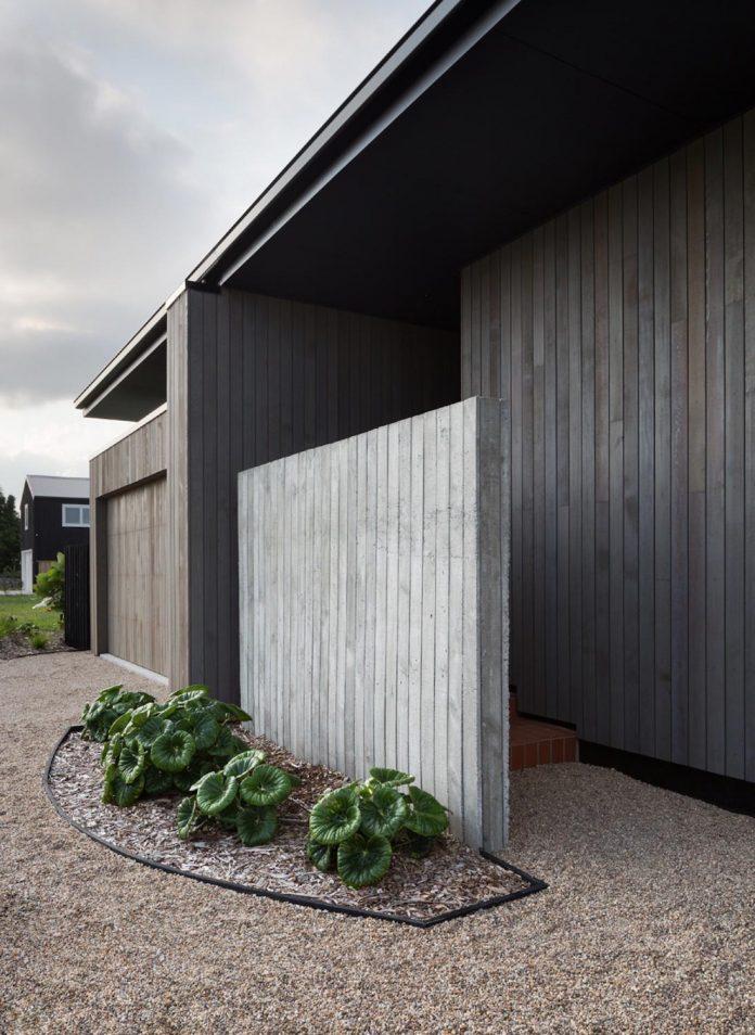 house-eaves-set-land-pastoral-land-04