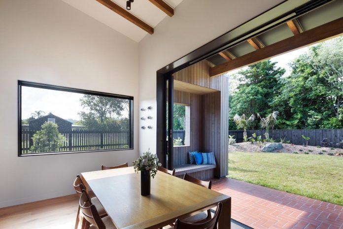 house-eaves-set-land-pastoral-land-09