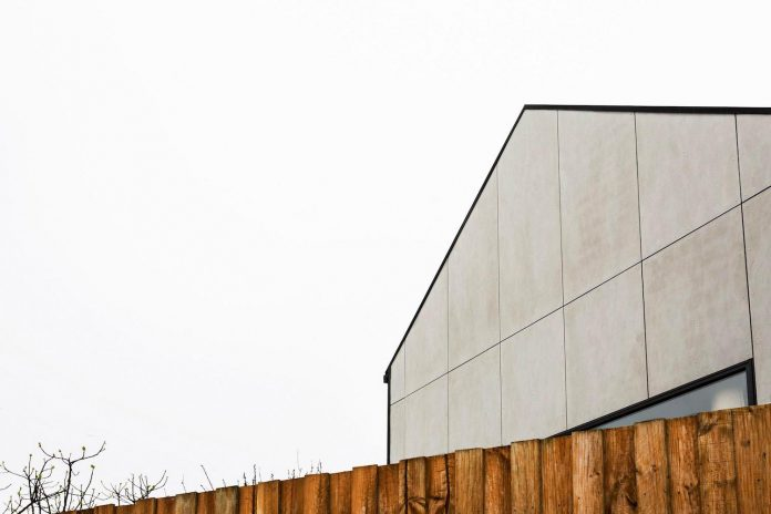 humble-house-simple-modest-extension-meets-highest-standards-02