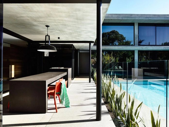 mckimm-designs-modern-concrete-family-home-wolseley-05