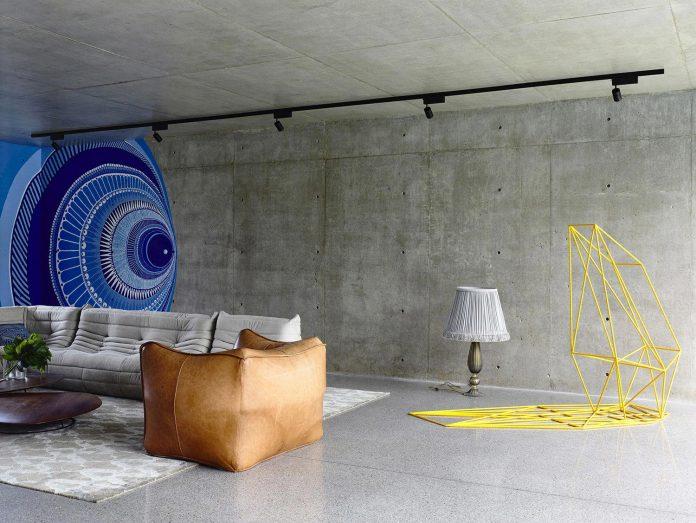mckimm-designs-modern-concrete-family-home-wolseley-09