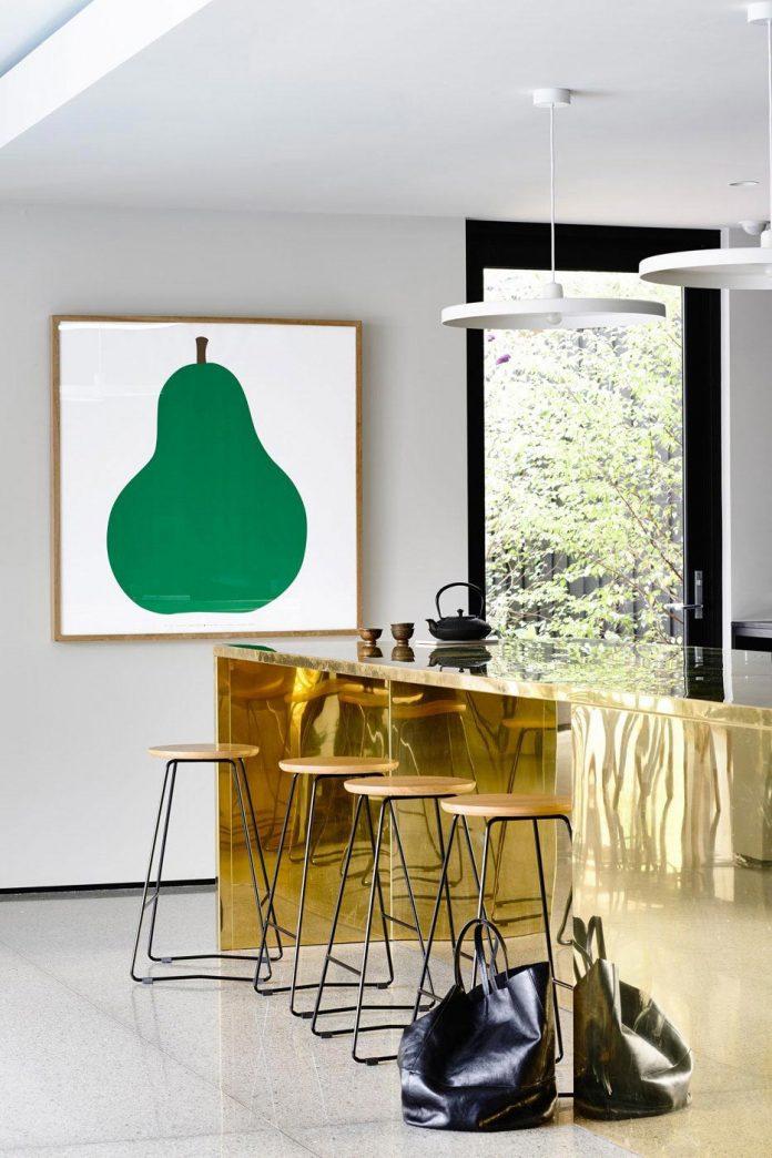 mckimm-designs-modern-concrete-family-home-wolseley-17