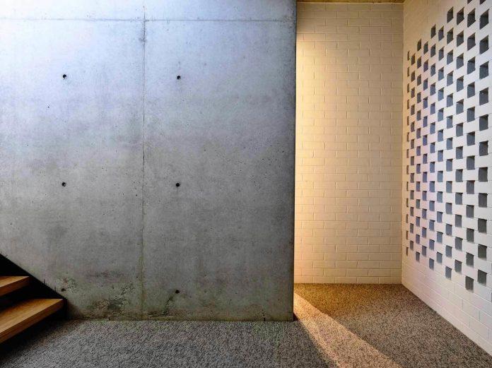 mckimm-designs-modern-concrete-family-home-wolseley-21