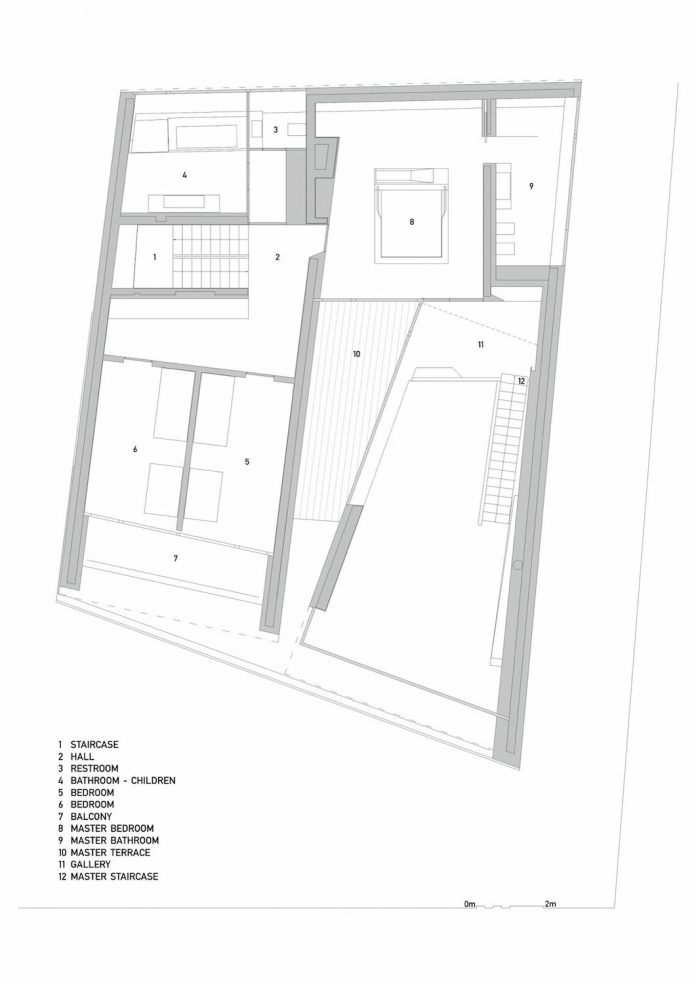 minimalist-home-design-located-south-sloping-plot-residential-part-prague-29