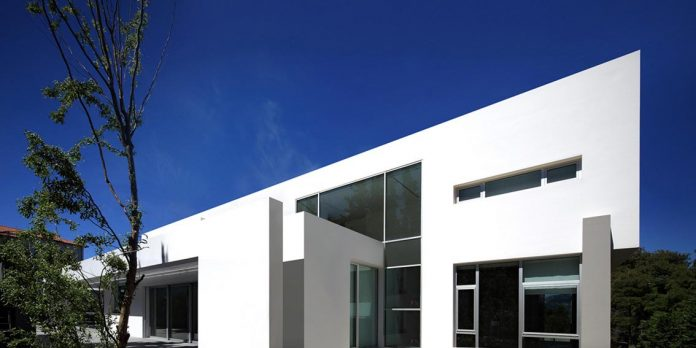 modern-villa-154-created-serve-two-purposes-living-spaces-exhibition-space-art-collection-05
