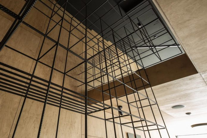 """Office designed with the idea of """"simplicity is beauty"""" uses wood"""
