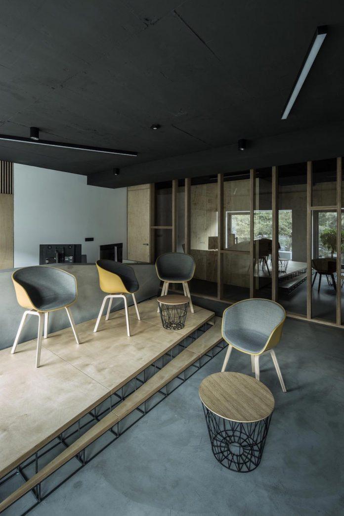 office-designed-idea-simplicity-beauty-uses-wood-concrete-bit-metal-23