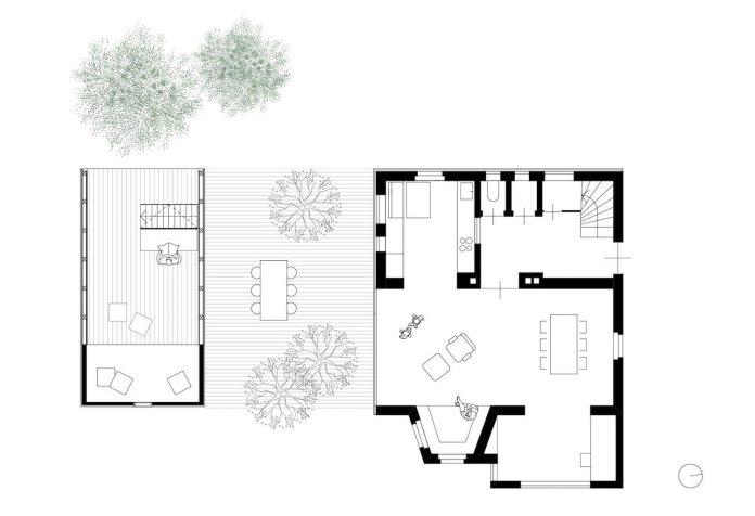 old-outbuilding-became-writers-workshop-garden-room-guests-childrens-paradise-14