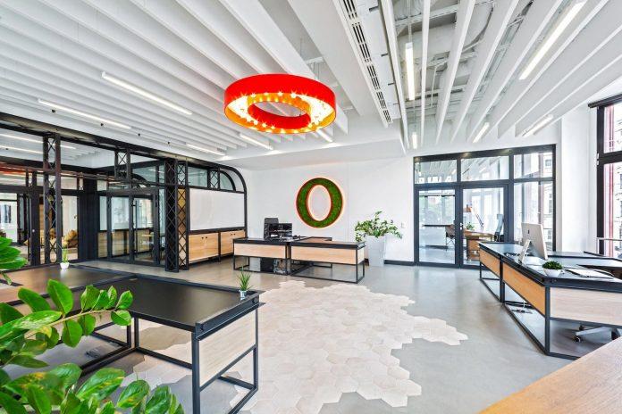 opera-software-wroclaw-combine-non-corporate-atmosphere-prestigious-location-along-piece-history-04