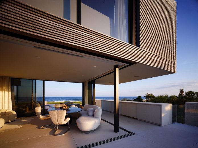 perched-ocean-pond-field-house-almost-appears-allow-landscape-run-15