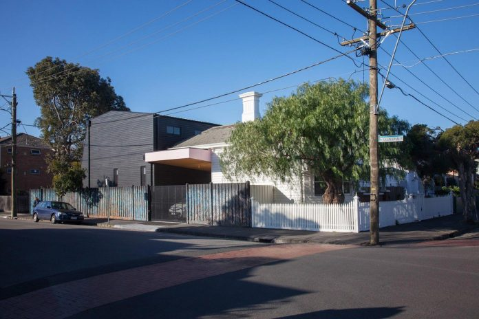 reconfiguration-extension-edwardian-weatherboard-house-melbourne-suburb-balaclava-01
