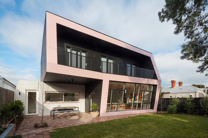 reconfiguration-extension-edwardian-weatherboard-house-melbourne-suburb-balaclava-05