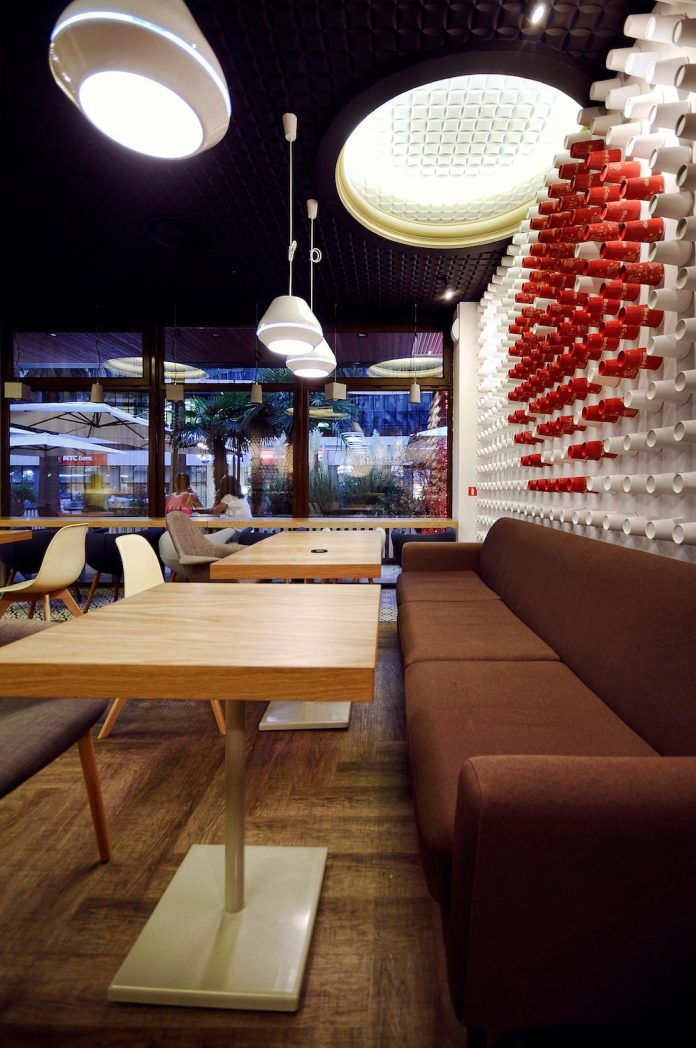 retro-futuristic-interior-redcup-coffeeshop-opened-sochi-01