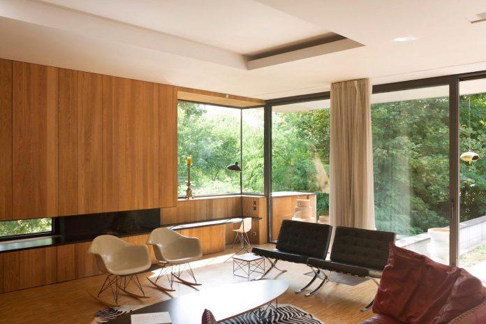 rooms-house-charbonnieres-les-bains-natural-light-04