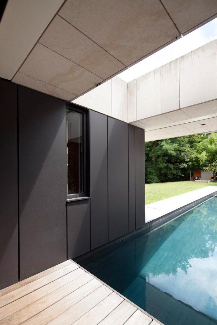 rooms-house-charbonnieres-les-bains-natural-light-07
