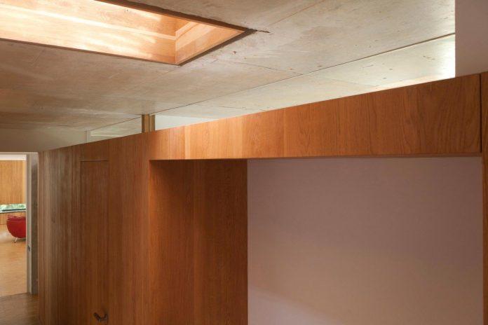 rooms-house-charbonnieres-les-bains-natural-light-08