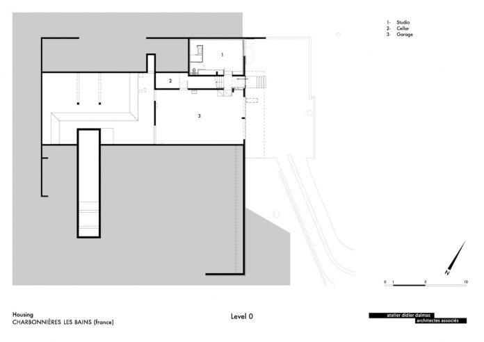 rooms-house-charbonnieres-les-bains-natural-light-16