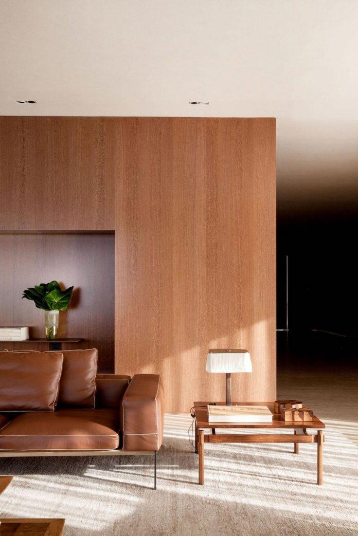 sao-paulo-penthouse-design-order-create-cozy-solemn-atmosphere-02