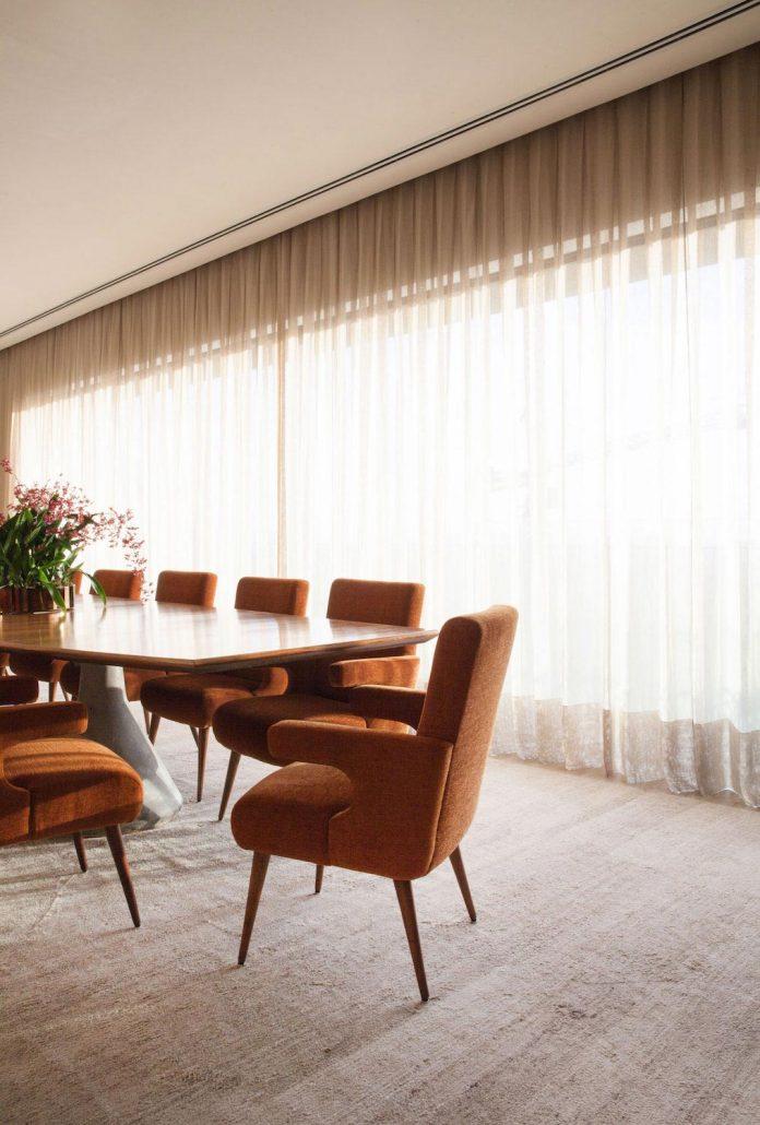 sao-paulo-penthouse-design-order-create-cozy-solemn-atmosphere-11