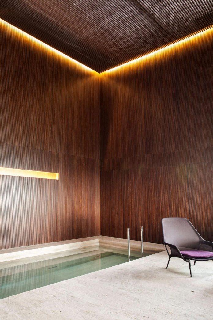 sao-paulo-penthouse-design-order-create-cozy-solemn-atmosphere-15