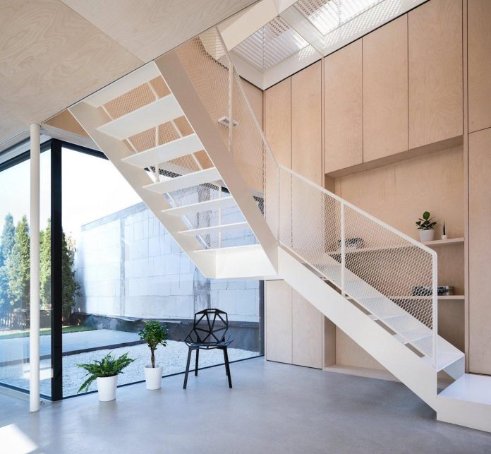 scl-holzmassivhaus-ecological-solid-wood-structure-flexible-usage-02
