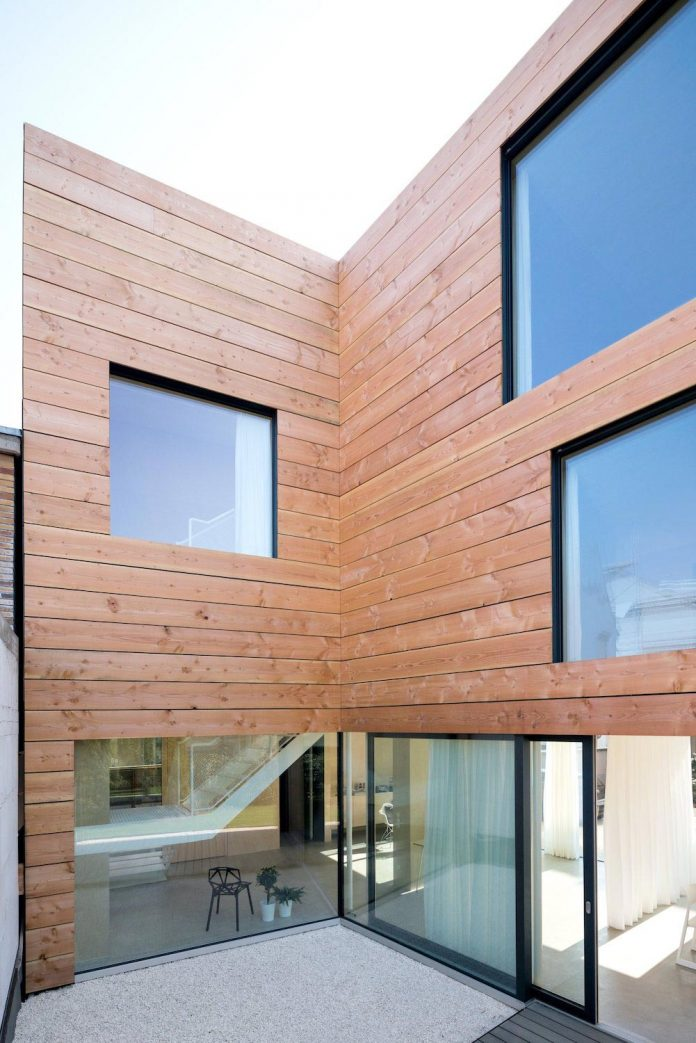 scl-holzmassivhaus-ecological-solid-wood-structure-flexible-usage-18