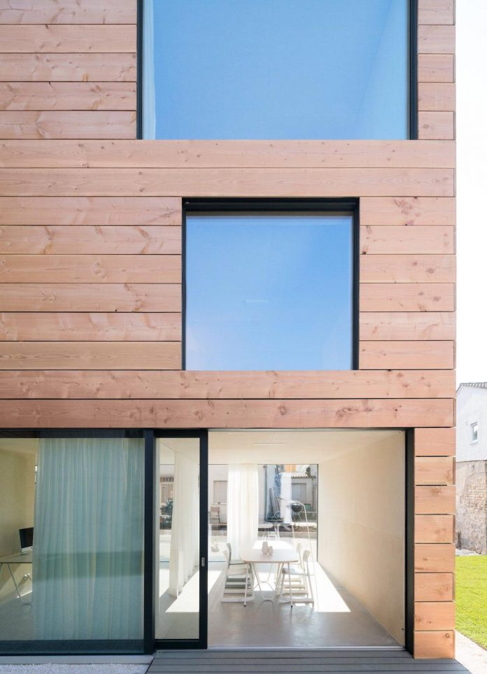 scl-holzmassivhaus-ecological-solid-wood-structure-flexible-usage-20