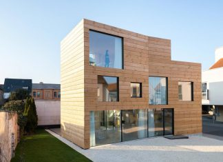 SCL – Holzmassivhaus: an ecological solid wood structure with flexible usage