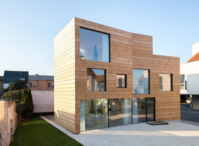 scl-holzmassivhaus-ecological-solid-wood-structure-flexible-usage-23