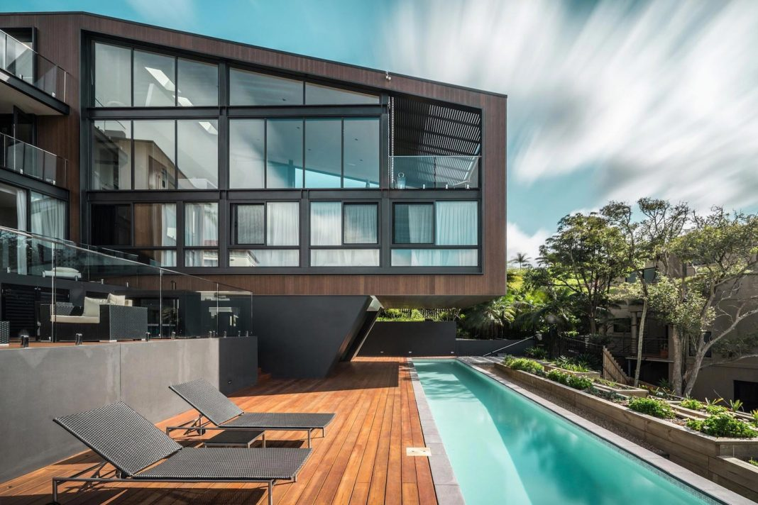 Seaforth House: the two cubes residence located in Sydney's stunning Northern Beaches