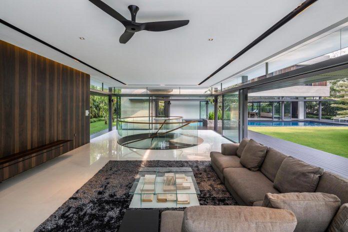 secret-garden-house-luxurious-tropical-contemporary-family-home-singapore-16