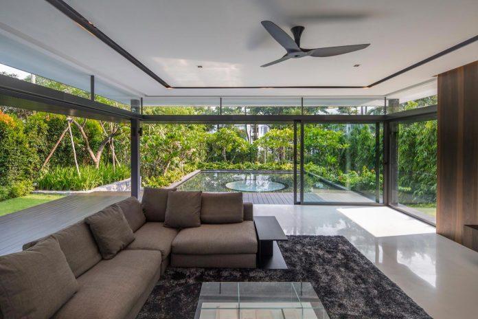 secret-garden-house-luxurious-tropical-contemporary-family-home-singapore-17